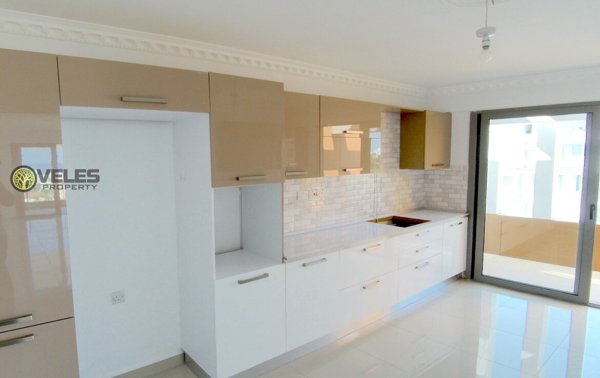 SA-2174 PENTHOUSE APARTMENT IN LUXURY BUILDING