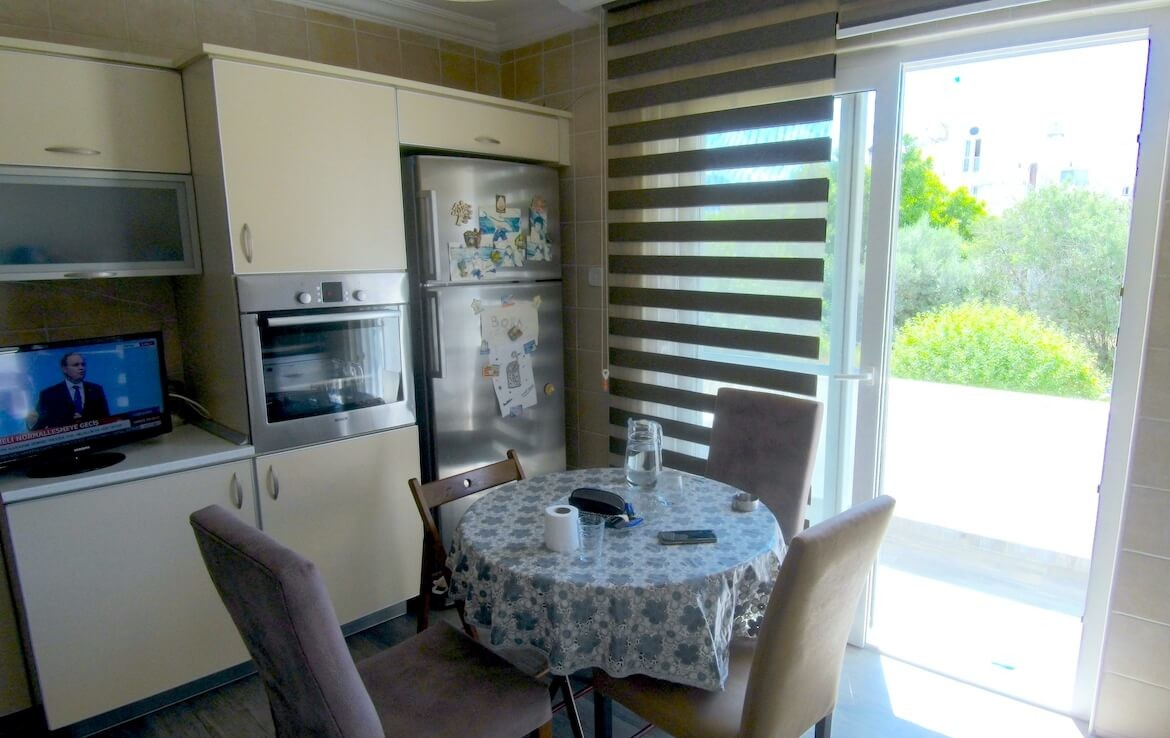 SA-310 FURNISHED APARTMENT IN THE CENTER OF GIRNE, veles