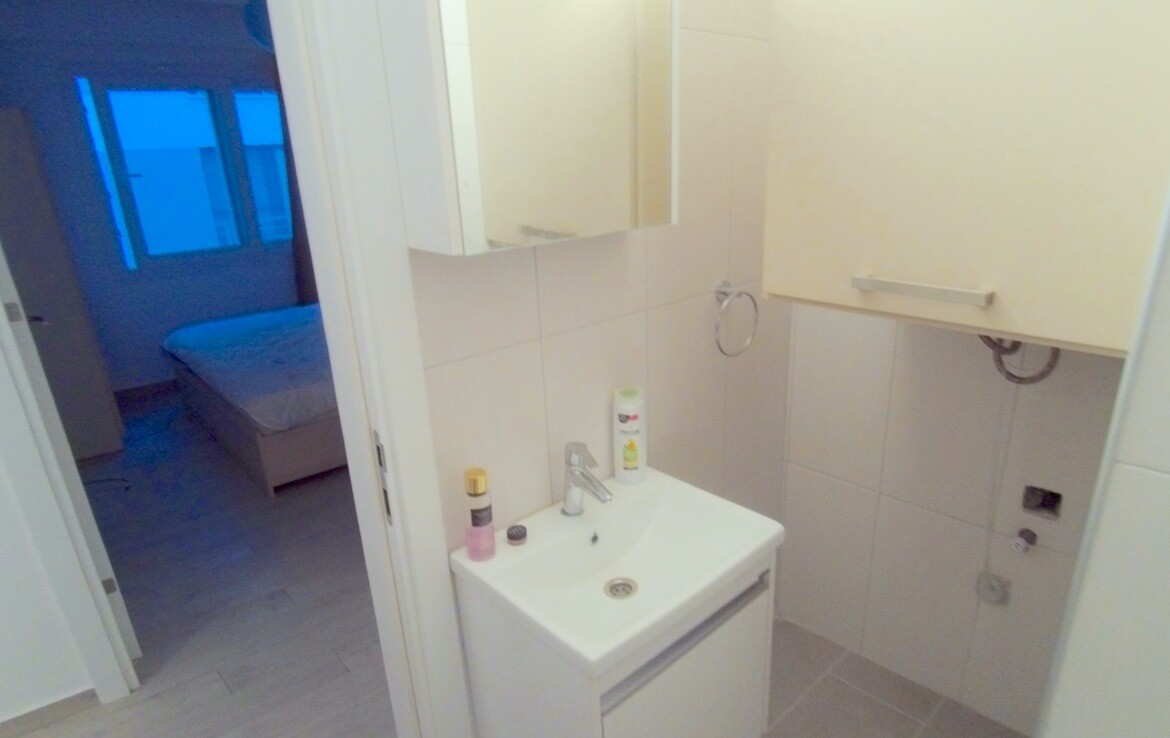 SA-295 Apartment in the very center of Girne